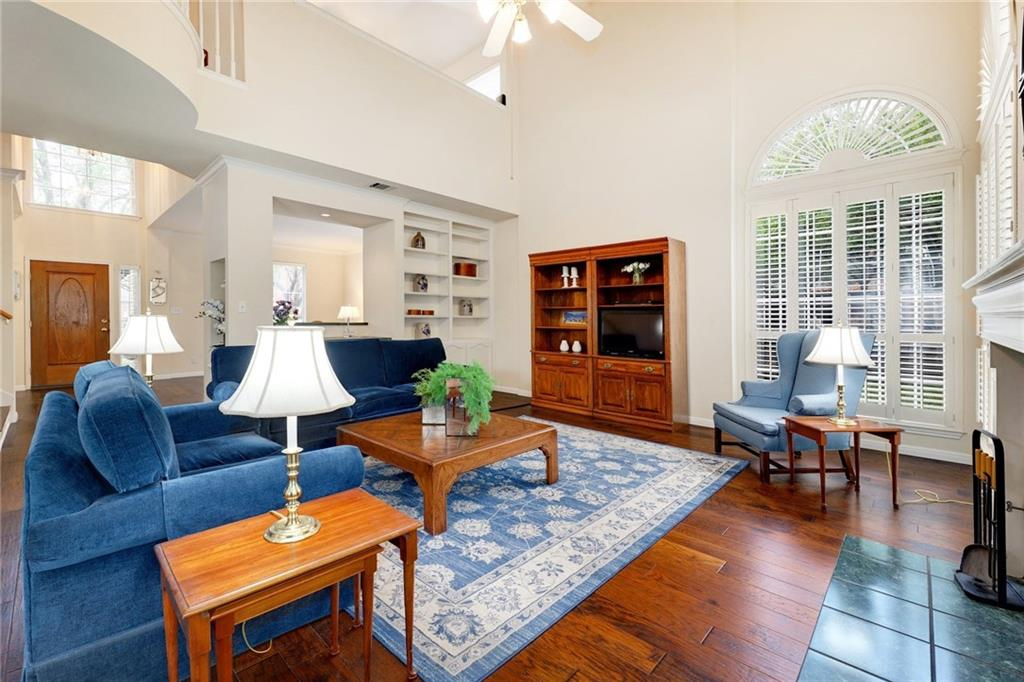 ActiveUnderContract | 13313 Chasewood Cove Austin, TX 78727 8