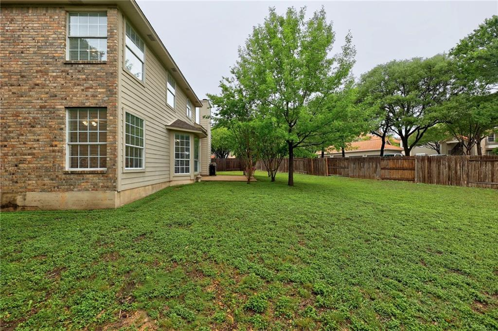 ActiveUnderContract | 13313 Chasewood Cove Austin, TX 78727 35