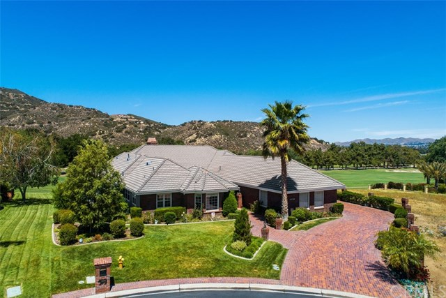 Active | 22790 Hidden Creek Court Murrieta, CA 92562 1