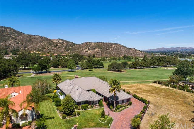 Active | 22790 Hidden Creek Court Murrieta, CA 92562 2