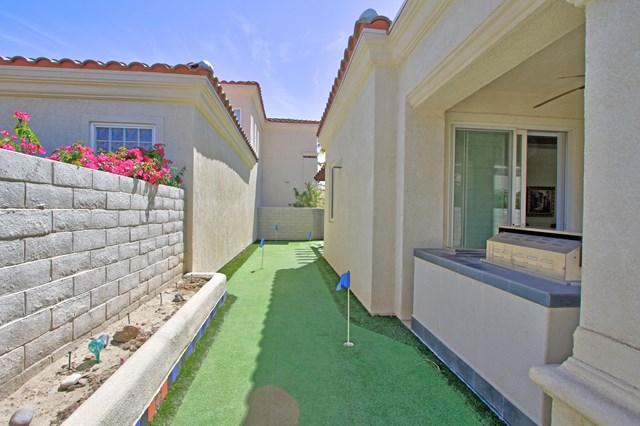 Pending   80878 Calle Azul La Quinta, CA 92253 27
