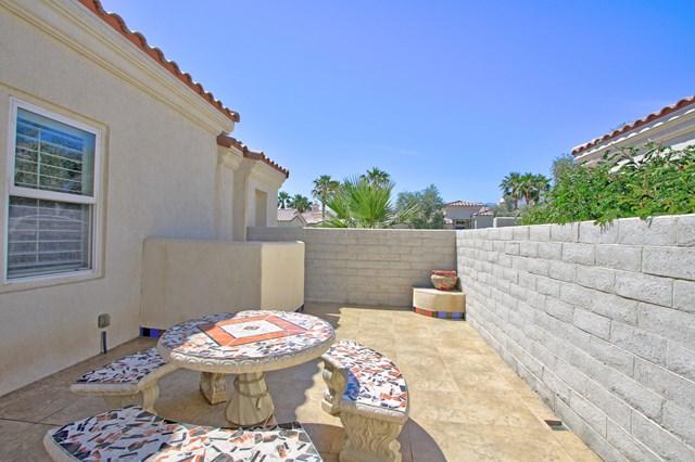 Pending   80878 Calle Azul La Quinta, CA 92253 36