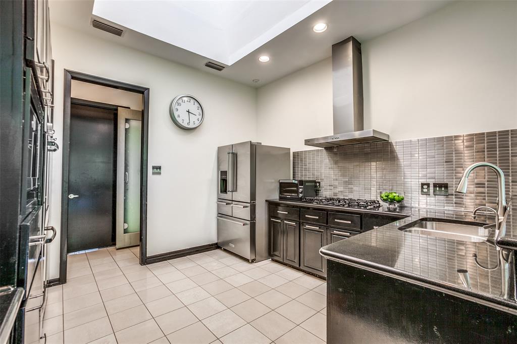 Sold Property   17317 Stedman Circle Dallas, Texas 75252 11