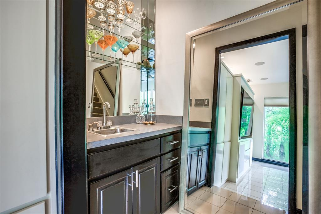 Sold Property   17317 Stedman Circle Dallas, Texas 75252 17