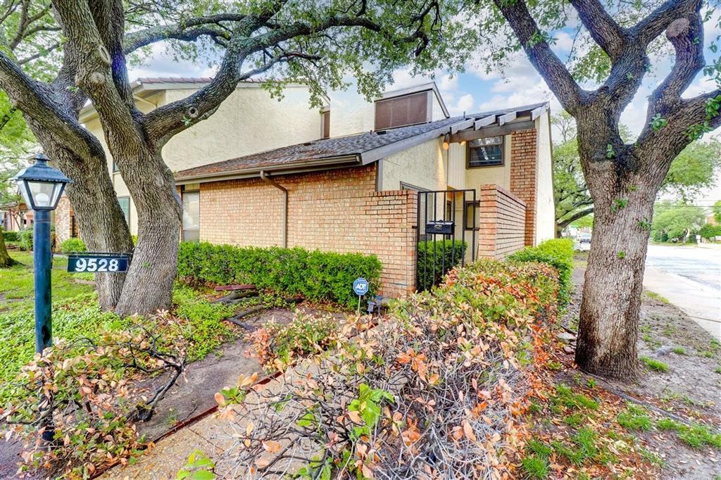 Active | 9528 Chimney Corner Lane Dallas, Texas 75243 0