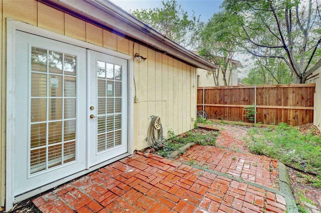 Active | 9528 Chimney Corner Lane Dallas, Texas 75243 30