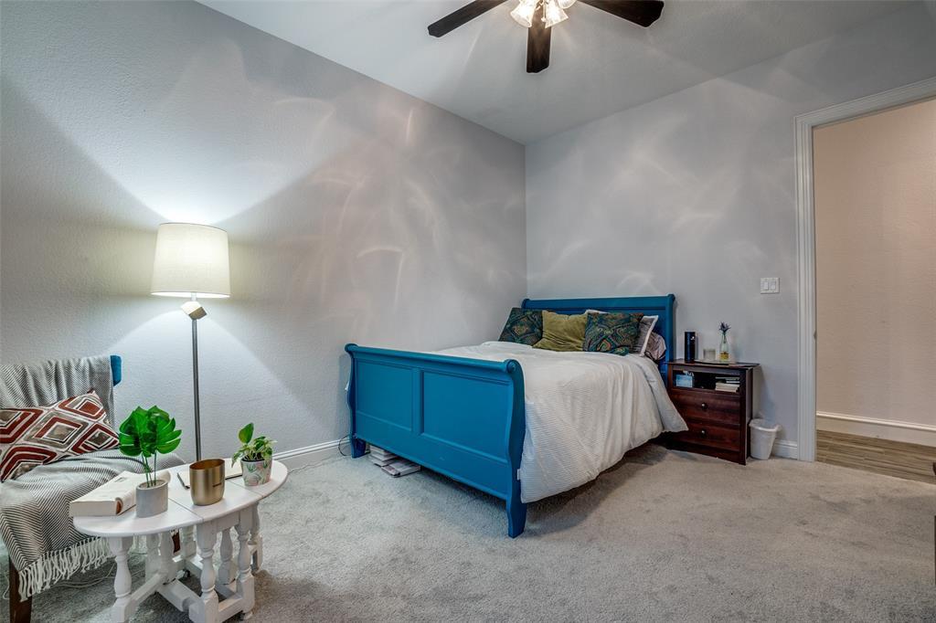 Active | 5911 Hudson Street Dallas, Texas 75206 17