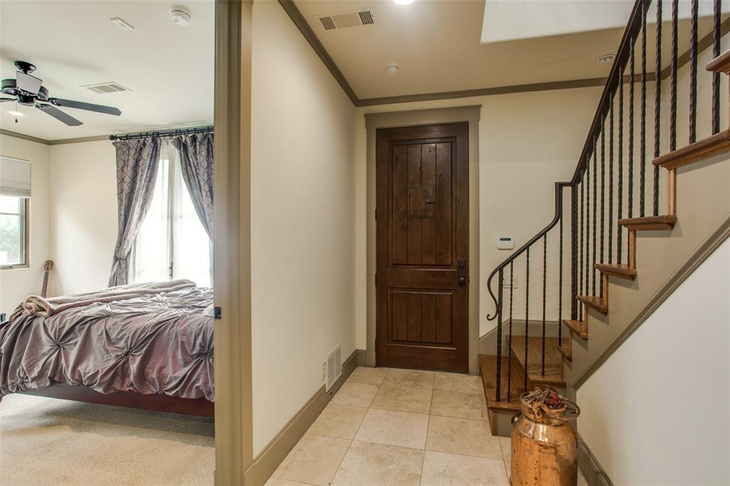 Pending | 4406 Bowser Avenue #22 Dallas, Texas 75219 2