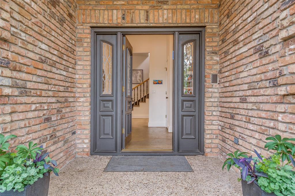 Sold Property | 5901 Deseret Trail Dallas, Texas 75252 2