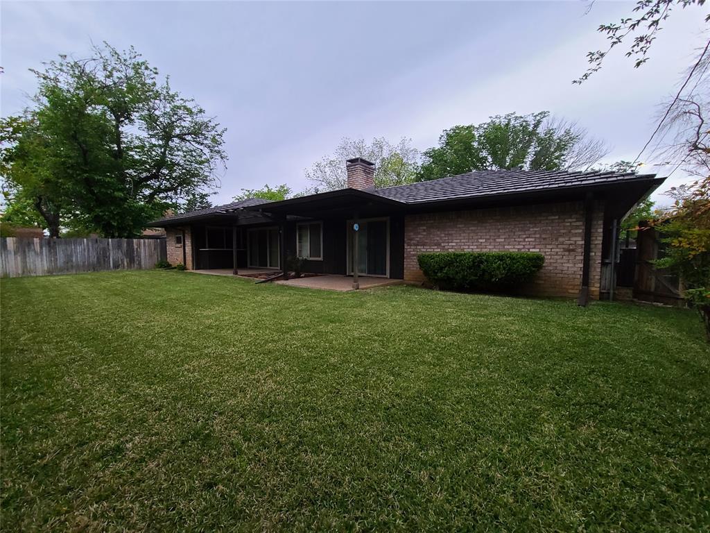 Pending | 1304 Ashbury Court Arlington, Texas 76015 5