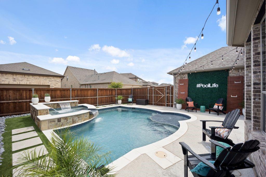 Pending   4215 Pearl Crescent Lane Arlington, Texas 76005 17