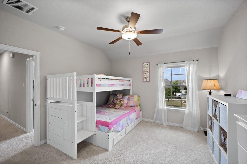Pending   4215 Pearl Crescent Lane Arlington, Texas 76005 34