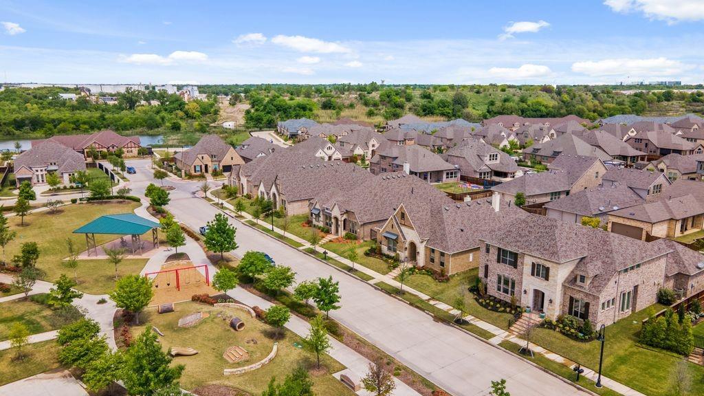 Pending   4215 Pearl Crescent Lane Arlington, Texas 76005 36