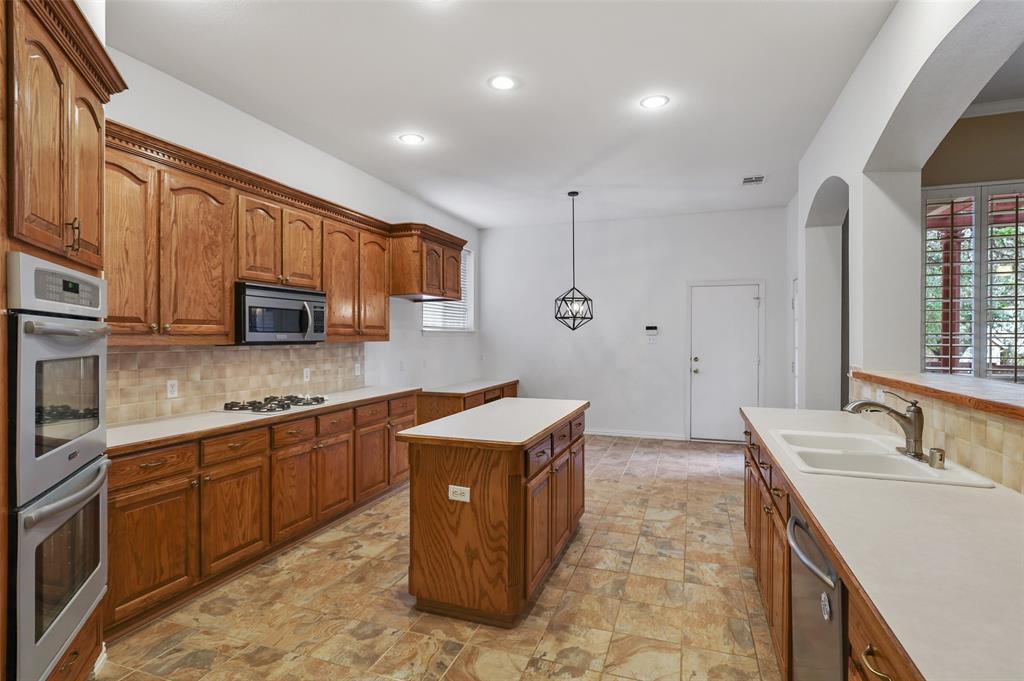 Pending | 1426 Westmont Drive Allen, Texas 75013 22