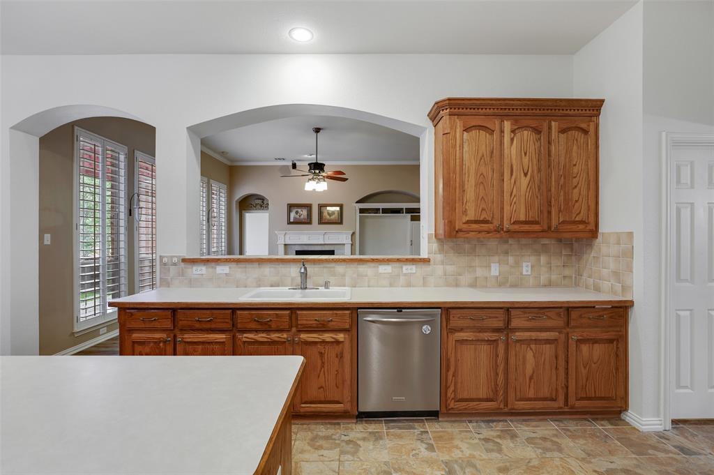 Pending | 1426 Westmont Drive Allen, Texas 75013 23