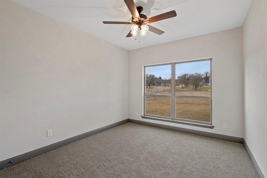 Active | 1009 Alex Drive Springtown, Texas 76082 31