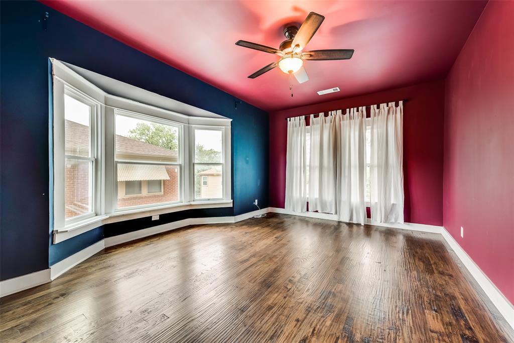 Sold Property   710 N Bishop Avenue Dallas, Texas 75208 19