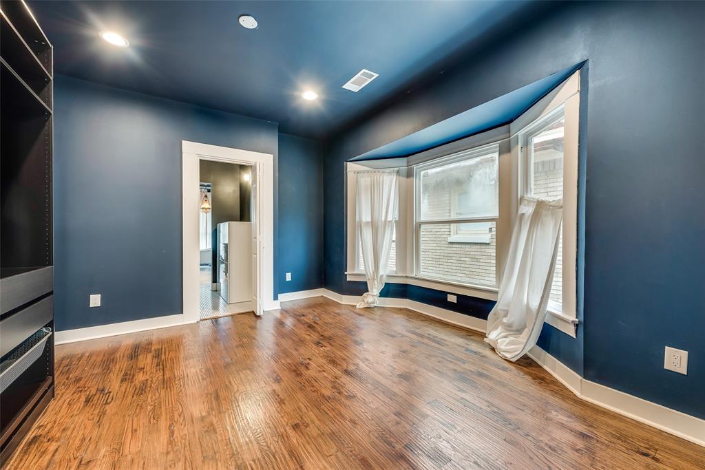 Sold Property   710 N Bishop Avenue Dallas, Texas 75208 25
