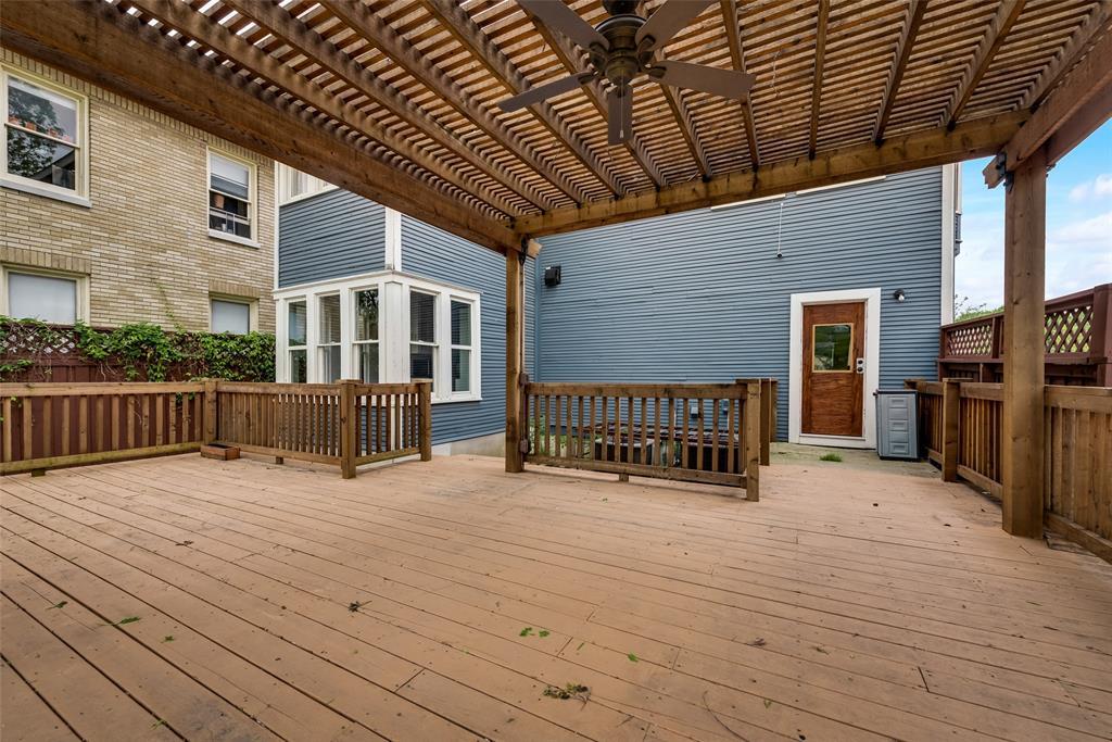 Sold Property   710 N Bishop Avenue Dallas, Texas 75208 30