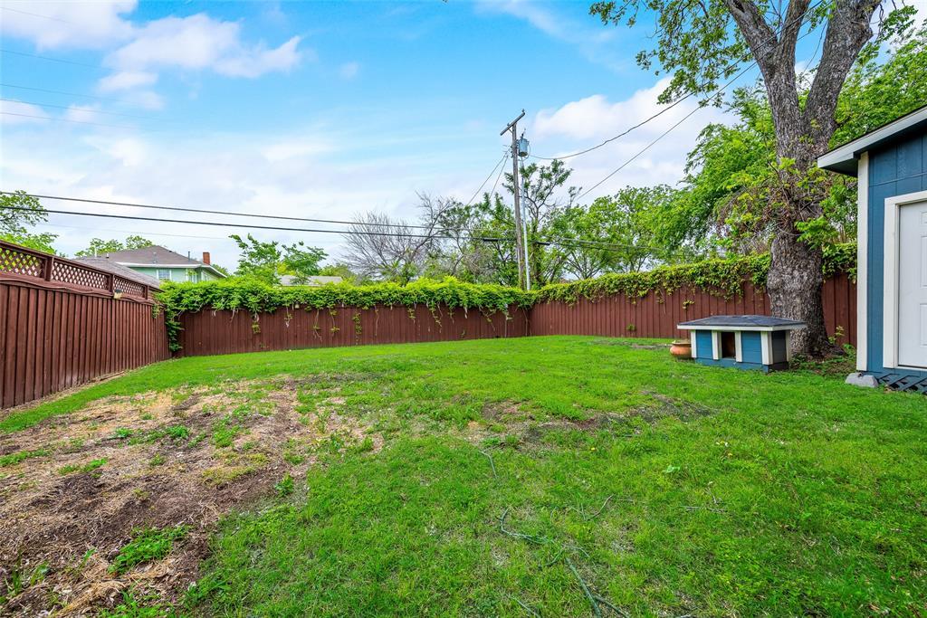 Sold Property   710 N Bishop Avenue Dallas, Texas 75208 31