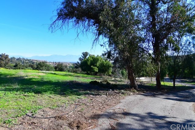 Active Under Contract   2264 Vravis Circle Chino Hills, CA 91709 1