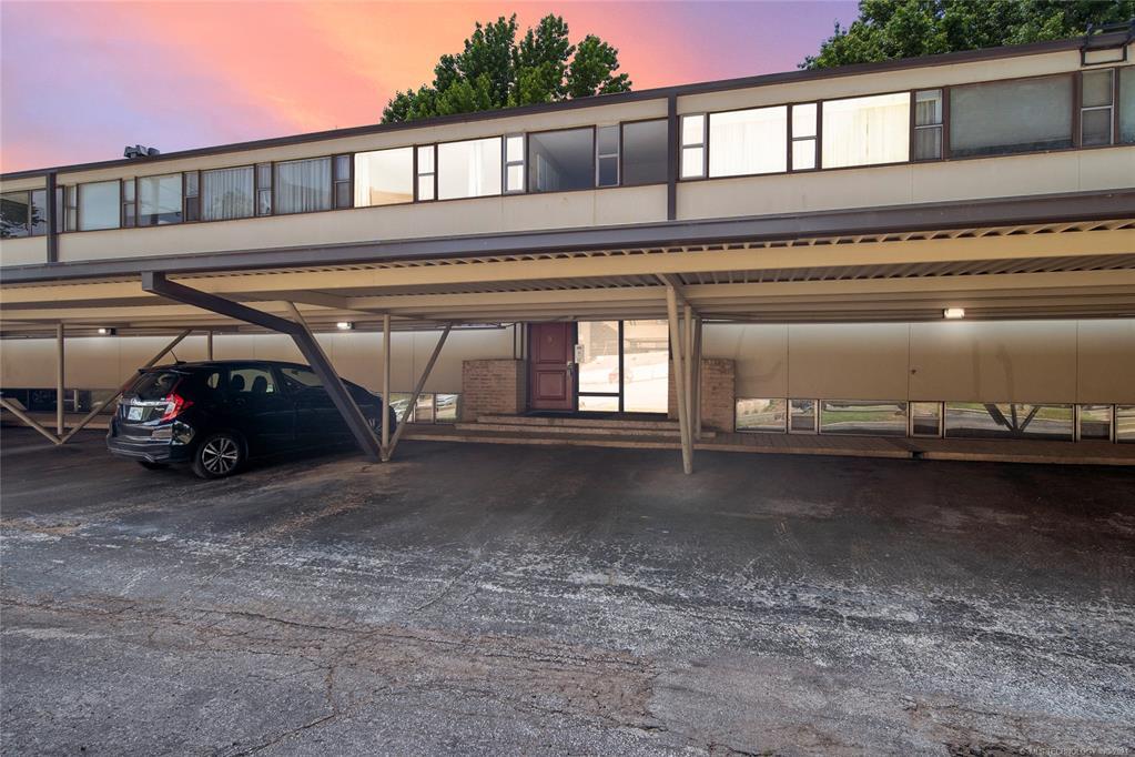 Active   611 W 15th Street #B-5 Tulsa, Oklahoma 74127 36