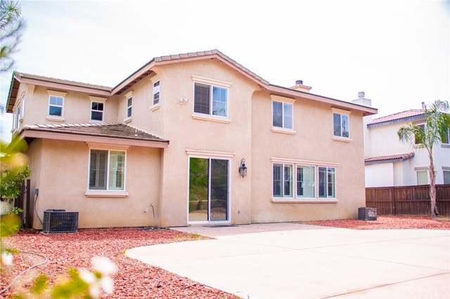 Active | 27404 Desert Willow Street Murrieta, CA 92562 37