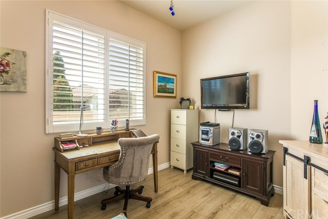 Pending | 825 Sherwood Court Beaumont, CA 92223 18