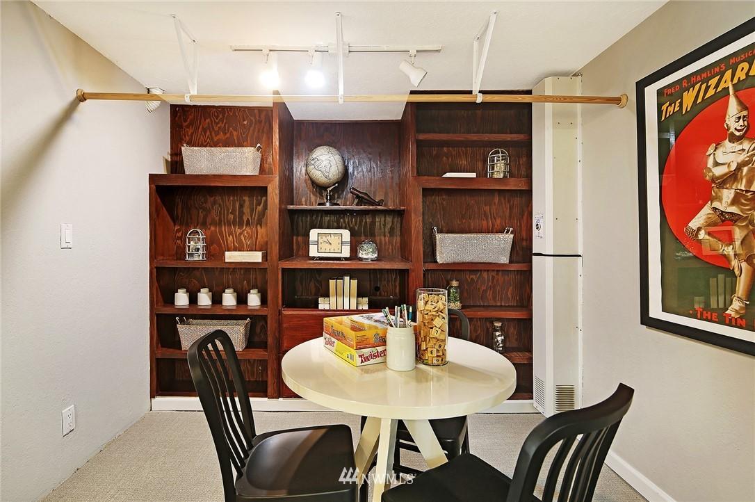 Sold Property | 1535 NE 107th Street Seattle, WA 98125 16