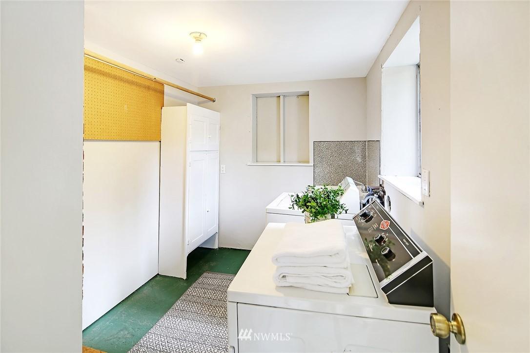 Sold Property | 1535 NE 107th Street Seattle, WA 98125 18