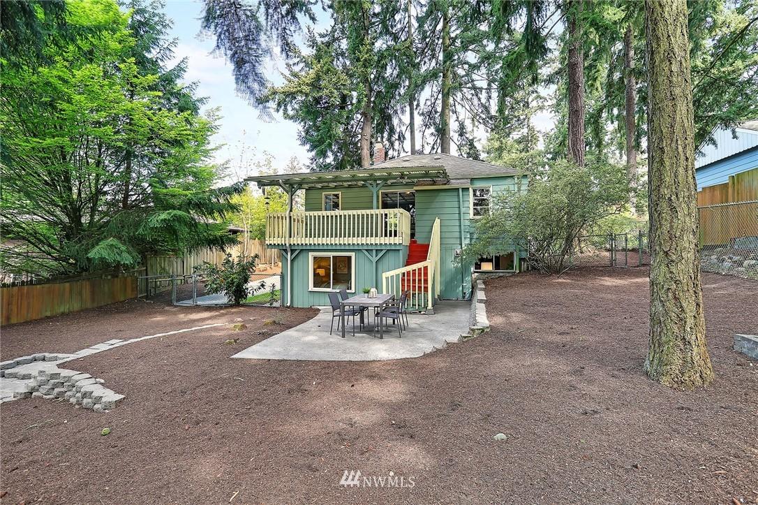 Sold Property | 1535 NE 107th Street Seattle, WA 98125 20