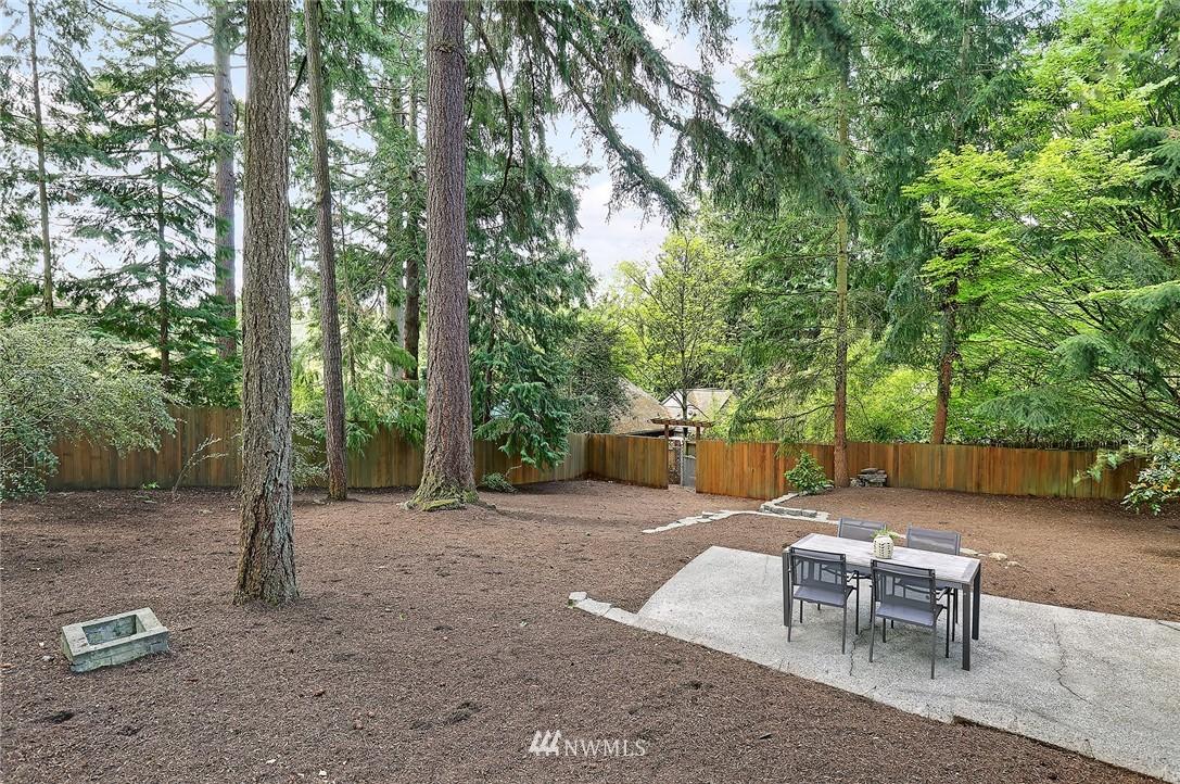 Sold Property | 1535 NE 107th Street Seattle, WA 98125 21