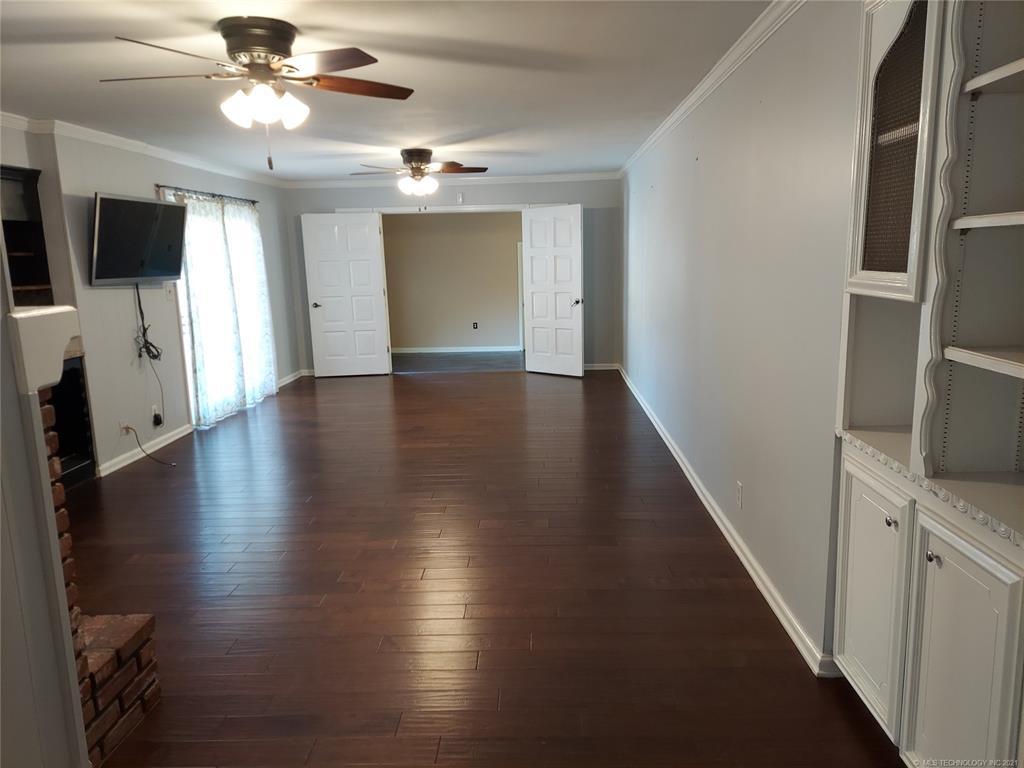 Active | 3731 E 47th Place Tulsa, Oklahoma 74135 15