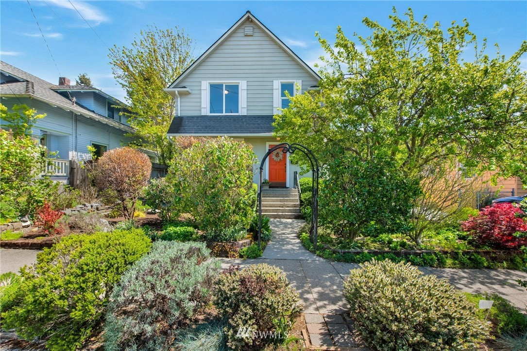 Sold Property   7046 24th Avenue NW Seattle, WA 98117 0