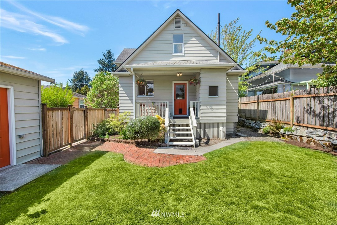 Sold Property   7046 24th Avenue NW Seattle, WA 98117 6