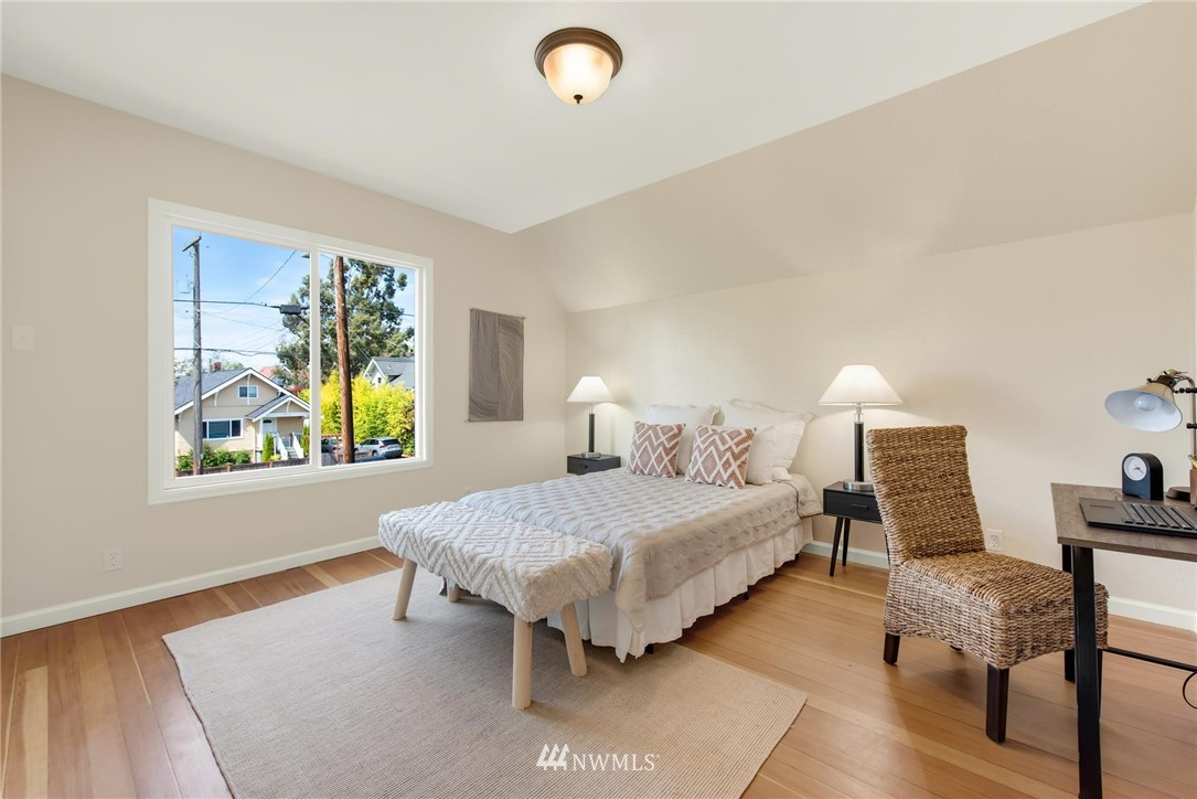 Sold Property   7046 24th Avenue NW Seattle, WA 98117 21