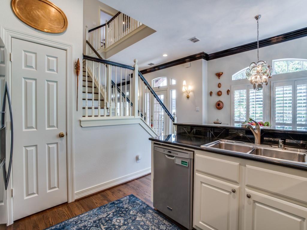 Sold Property   3902 Bowser Avenue Dallas, Texas 75219 16
