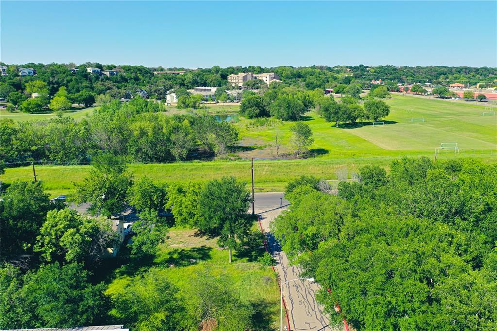 Pending | 3001 Goodwin Avenue Austin, TX 78702 3