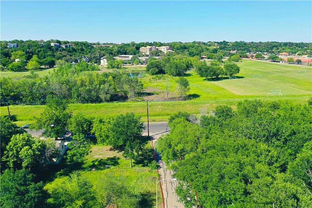 Pending | 3001 Goodwin Avenue Austin, TX 78702 4