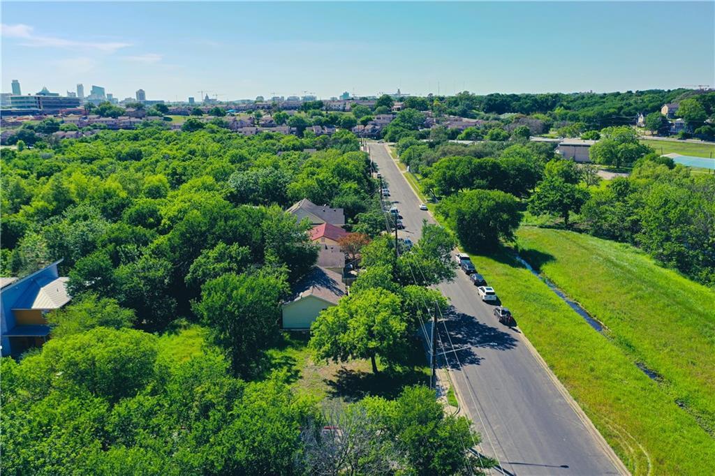 Pending | 3001 Goodwin Avenue Austin, TX 78702 7