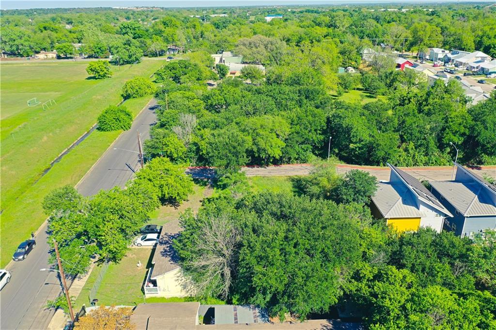 Pending | 3001 Goodwin Avenue Austin, TX 78702 12