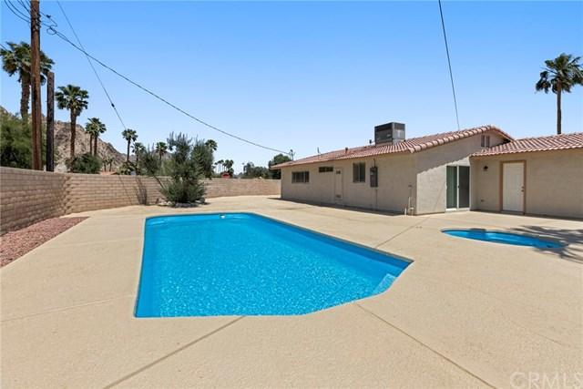Active Under Contract   51495 Avenida Obregon La Quinta, CA 92253 14