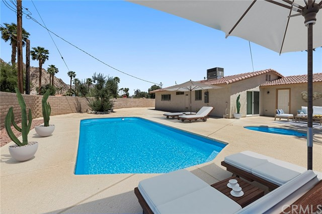 Active Under Contract   51495 Avenida Obregon La Quinta, CA 92253 15