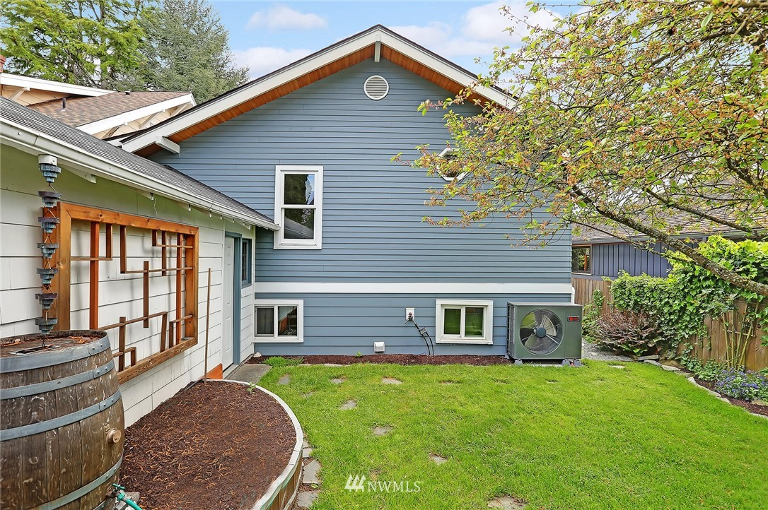 Sold Property | 7719 27th Avenue NW Seattle, WA 98117 19