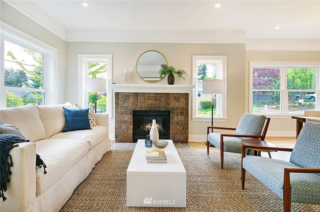 Sold Property | 6703 Fremont Avenue N Seattle, WA 98103 3