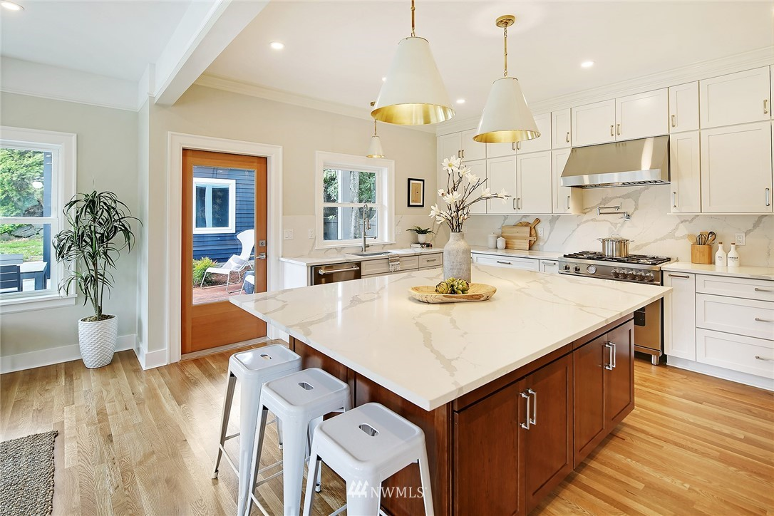 Sold Property | 6703 Fremont Avenue N Seattle, WA 98103 6