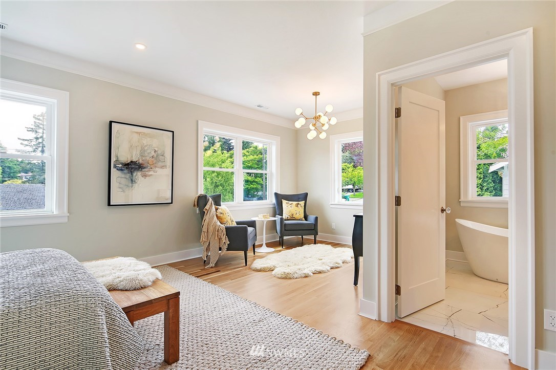 Sold Property | 6703 Fremont Avenue N Seattle, WA 98103 16
