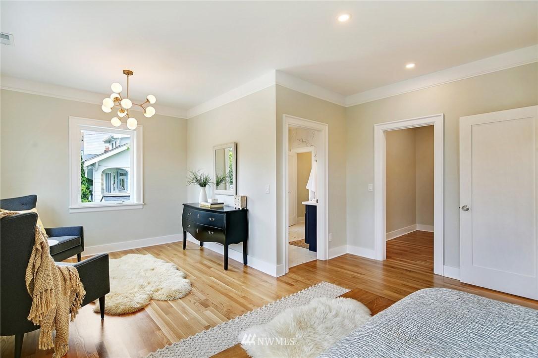 Sold Property | 6703 Fremont Avenue N Seattle, WA 98103 17