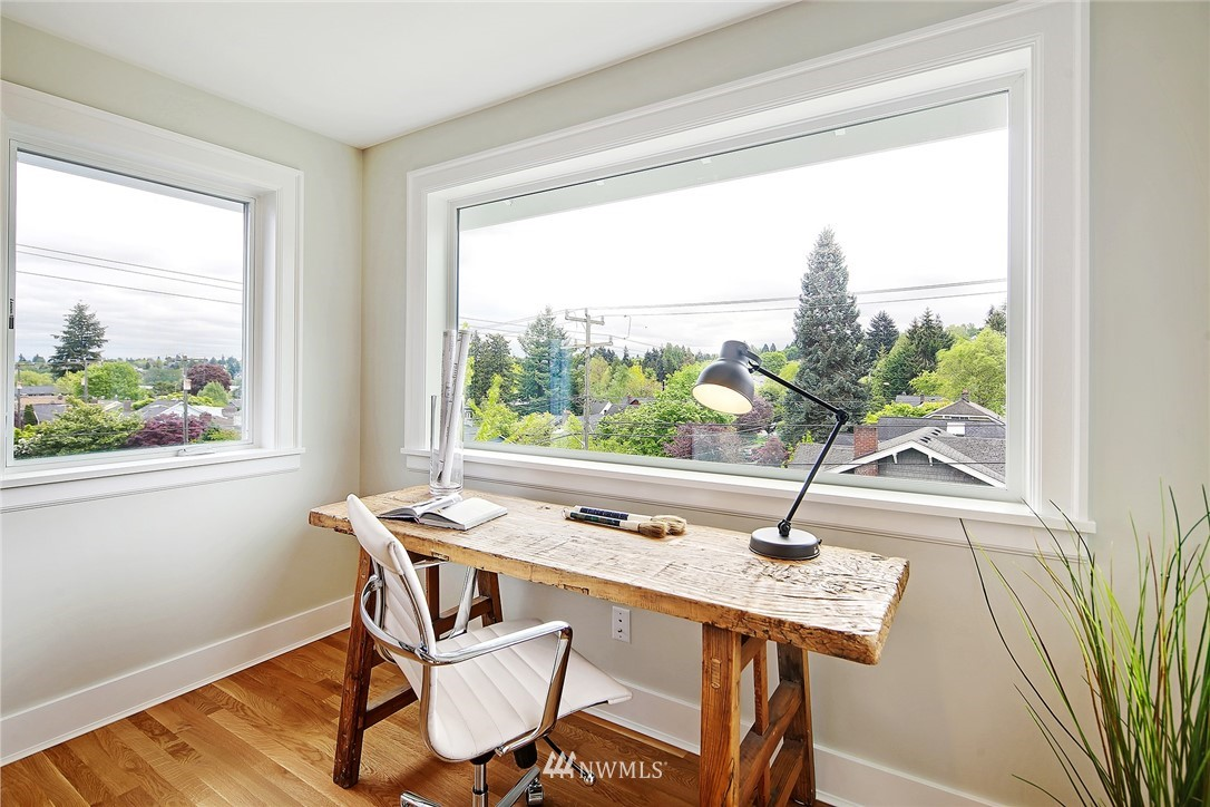 Sold Property | 6703 Fremont Avenue N Seattle, WA 98103 25