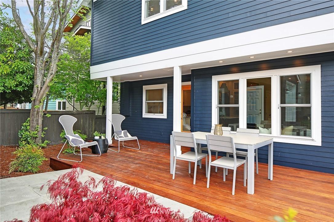 Sold Property | 6703 Fremont Avenue N Seattle, WA 98103 30